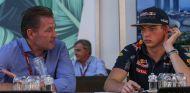 Jos y Max Verstappen en Marina Bay - SoyMotor.com