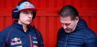 Max Verstappen junto a su padre, Jos Verstappen - LaF1