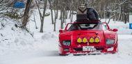 El Ferrari F40 con todos los bártulos encima en plena acción - SoyMotor