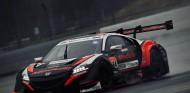 Karthikeyan y Honda mantienen a raya a los coches del DTM - SoyMotor.com