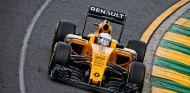 Kevin Magnussen durante la carrera del GP de Australia - LaF1
