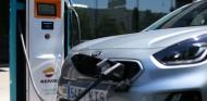 Kia y Repsol: acuerdo para instalar puntos de recarga eléctrica - SoyMotor.com