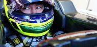 Kimiya Sato durante el test de jóvenes pilotos de Silverstone con Sauber - LaF1