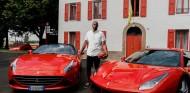 Kobe Bryant en Maranello - SoyMotor.com