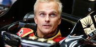 Heikki Kovalainen se hace el asiento para el Lotus E21 - LaF1