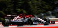 Kubica volverá a pilotar el Alfa Romeo en los Libres 1 de Hungría - SoyMotor.com