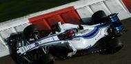 Kubica durante los tests con Williams en Abu Dabi - SoyMotor.com