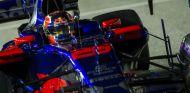 Daniil Kvyat durante el GP de Singapur - SoyMotor.com