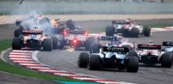 """Sainz, sobre Kvyat tras su accidente: """"Hay que pensar con la cabeza"""" –SoyMotor.com"""