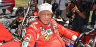 Niki Lauda será enterrado vestido con mono Ferrari - SoyMotor.com
