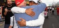 """Hamilton y su última visita a Lauda: """"Fue un shock verle postrado en cama"""" - SoyMotor.com"""