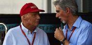 "Damon Hill, sobre Vettel: ""Si haces eso en carretera, te arrestan"" - SoyMotor.com"