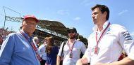 Niki Lauda y Toto Wolff en el pasado GP de Hungría - SoyMotor