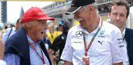 Niki Lauda y Dieter Zetsche en Barcelona - SoyMotor.com