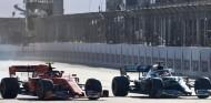 """Leclerc: """"Hamilton siempre sabe lo que vas a intentar"""" - SoyMotor.com"""