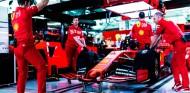 El motor nuevo de Leclerc puede llevar piezas de 2020, según prensa italiana - SoyMotor.com
