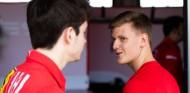 """Leclerc y Vettel manifiestan su confianza en Schumacher: """"No tiene que demostrar nada"""" - SoyMotor.com"""