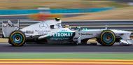 Lewis Hamilton en su W04 - LaF1