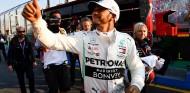 Lewis Hamilton celebra su Pole en el GP de Australia - SoyMotor