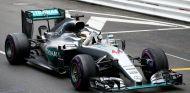 Con esta victoria, Hamilton se sitúa a 24 puntos de Rosberg en el Campeonato - LaF1