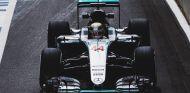 Hamilton comanda con asfalto delicado antes de la clasificación - LaF1