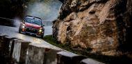 Rally de España: S.M. Loeb se coloca líder - SoyMotor.com