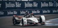 Lotterer 'regala' a Porsche su primera Pole en Fórmula E - SoyMotor.com