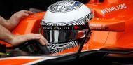 Fernando Alonso en los test de Barcelona - SoyMotor