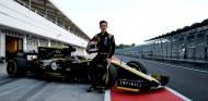 Lundgaard, Zhou y Piastri probarán el Renault RS18 en Baréin - SoyMotor.com