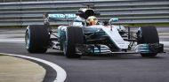 Mercedes presenta su W08 EQ Power+ en Silverstone - SoyMotor.com