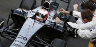 Magnussen hace historia y termina segundo en su primer Gran Premio