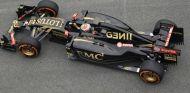 Pastor Maldonado con el E23 - LaF1.es
