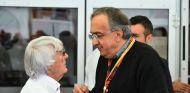 Ecclestone y Marchionne durante un Gran Premio - SoyMotor.com