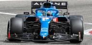 Fernando Alonso en los test de Baréin - SoyMotor.com