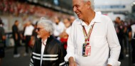 Marco Tronchetti con Bernie Ecclestone, en Abu Dabi - SoyMotor.com