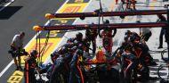 Verstappen durante la carrera del GP de Hungría - SoyMotor.com