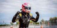 Martins arrasa en España con doble Pole y victoria - SoyMotor.com
