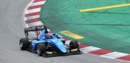 Martins en la primera jornada de test de la F3 en Barcelona - SoyMotor.com