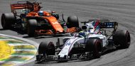 Felipe Massa, por delante de Fernando Alonso en Brasil - SoyMotor.com