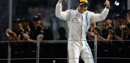 Felipe Massa en el podio de Abu Dabi - LaF1