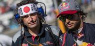 Marco Matassa y Carlos Sainz en Suzuka - SoyMotor.com