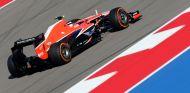 Max Chilton con el Marussia MR02