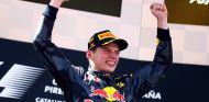Max Verstappen celebra su victoria en España - LaF1