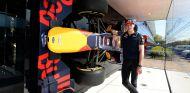 Max Verstappen con sus nuevos colores - LaF1