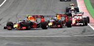 Max Verstappen durante la carrera en Austria - LaF1