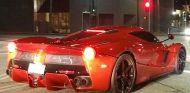 Lewis Hamilton dio una vuelta con su Ferrari LaFerrari junto a Justin Bieber - SoyMotor