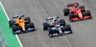 La batalla con Ferrari no decidirá el cambio de enfoque a 2022 de McLaren - SoyMotor.com