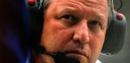 Sin pintura ni volante: crónica del desastre anunciado de McLaren en Indianápolis - SoyMotor.com