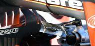 Escape del McLaren MCL32 - SoyMotor.com