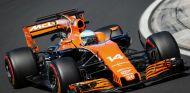 Fernando Alonso durante el GP de Hungría - SoyMotor.com